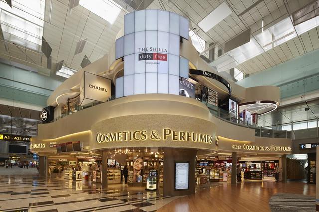 胡兵体验新加坡新罗美容美妆体验中心