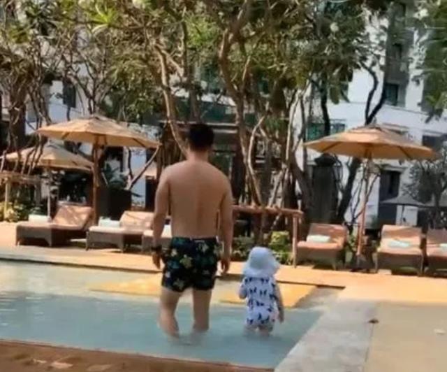 张柏芝新加坡度假,晒神秘男子与1岁儿子视频,再被疑是三胎生父