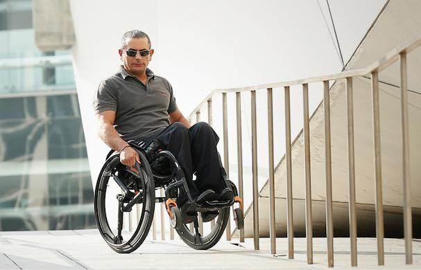 农村大叔发明智能轮胎,竟被大公司看中,直接发家致富