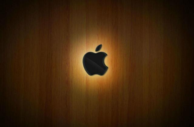 苹果发布iPhone SE2 用低价打压对手的 为服务营收增长打下基础
