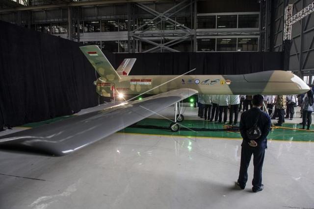 印尼展示首款长航时无人机 这外形看着怎么那么眼熟