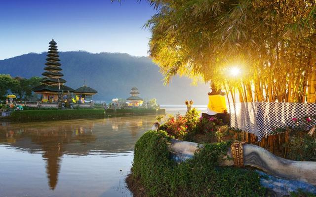 """印尼打造""""10个新巴厘岛"""",旅游胜地包括奥巴马老家"""