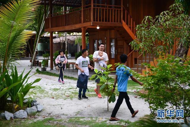 """李嘉文:我在印尼当""""岛主"""""""