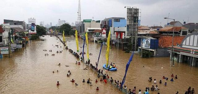 """印尼首都面临危机,环保组织下达""""病危通知书"""",30年后不存在"""
