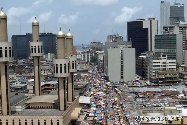48小时内死亡!尼日利亚爆发不明疾病!这部电影神预言了人类命运
