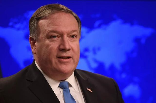 最后一天,美国对中国60名记者下狠手,中方发言人:只好奉陪到底