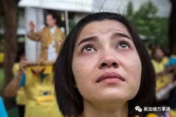 国王闹失踪?泰国疫情井喷封国在即,120万人送其上热搜