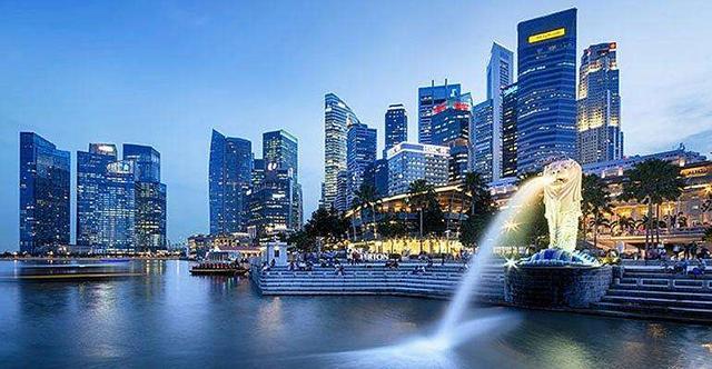 新加坡是怎样成为发达国家的呢?