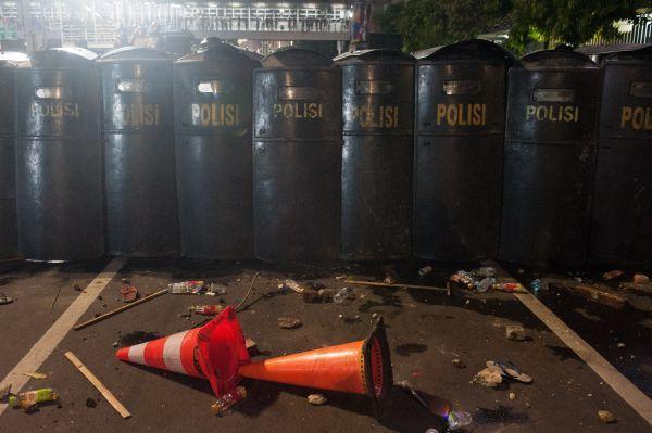 印尼大选后暴乱蔓延!中国大使馆发布紧急通知