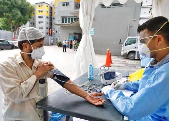 新加坡爆发第二轮疫情,西方目瞪口呆,世卫呼吁:学习中国
