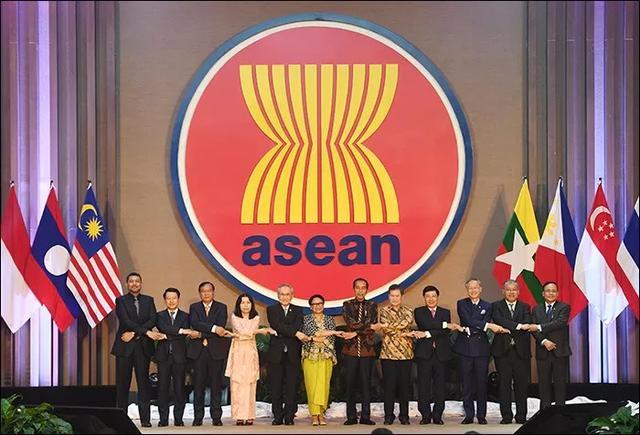 国际日报 | 印尼正在考虑是否退出东盟 英国脱欧启发印尼