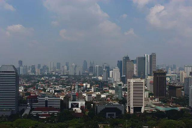 印尼正式宣布将迁都 | 小南早报