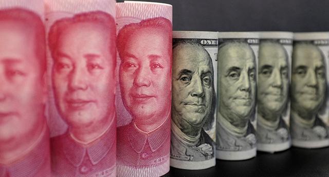美国35周印钞19万亿,人民币的空头溃散,1000亿美债滞销