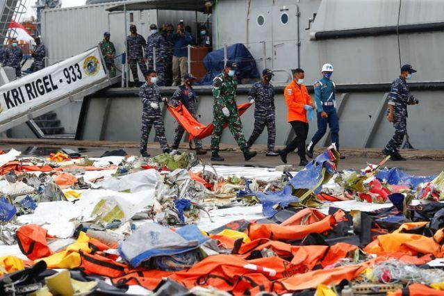 印尼政府停止斯里维加亚空难遇难者的搜寻工作