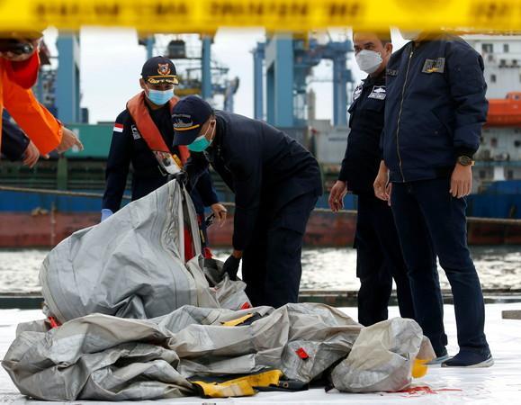 印尼波音737空难搜救结束了!已确认43名罹难者身份