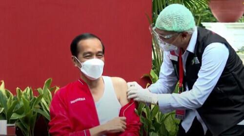印尼总统接种第二剂中国新冠疫苗
