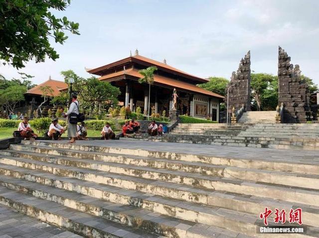 印尼延长禁止外籍人士入境期限 批准使用中国新冠疫苗