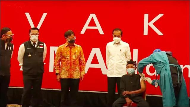 国际日报 印尼批准使用阿斯利康疫苗 虽非清真仍可使用有先例