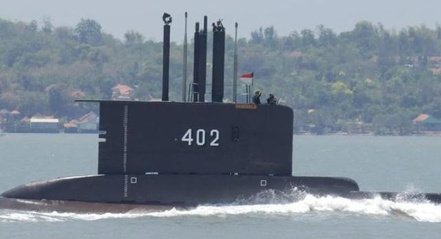 快讯!外媒:印尼搜救人员找到了载53人失踪潜艇残骸