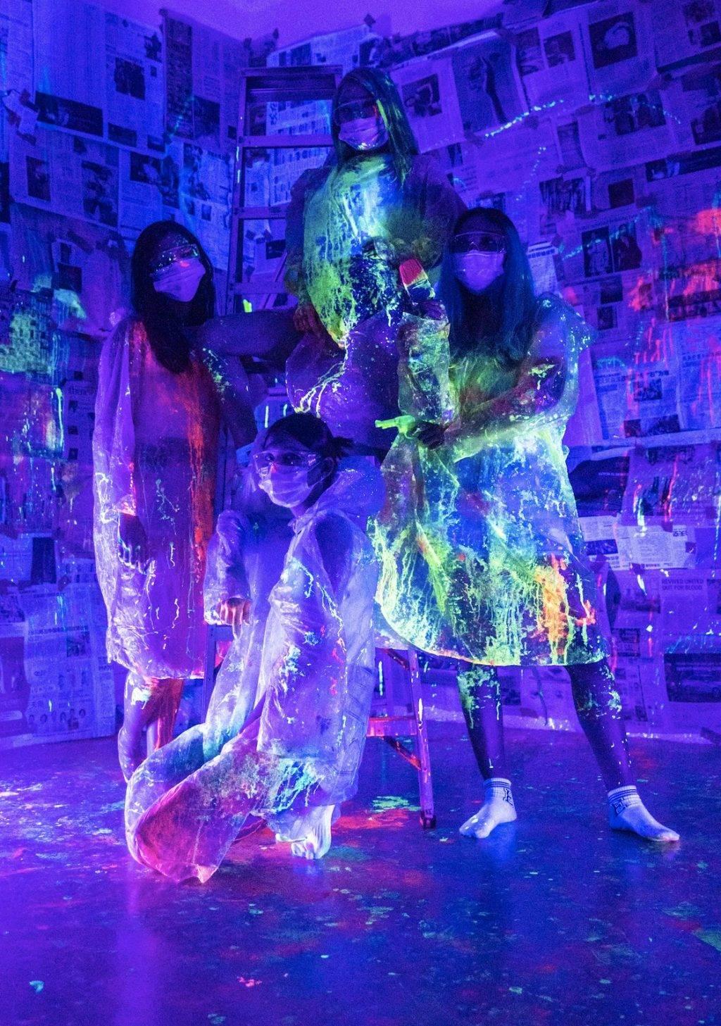 升级版Art Jamming🎨The Neon Playground作画蹦迪两不误🙌1月22日限时活动:夜光喷枪+水汽球+DJ打碟🎼