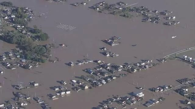 秋山 川 氾濫