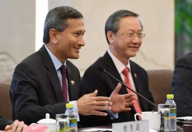 """新加坡准备置顶中国,从""""一带一路""""到新隆高铁"""